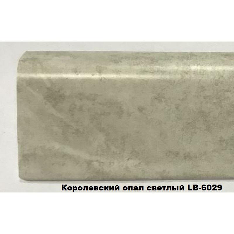 Плинтус пластиковый LB37-24